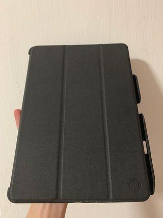 [USED] iPad Pro 10.5 Hardback case with Apple Pencil holder
