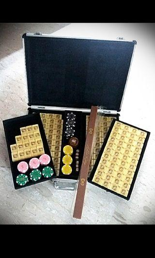 Discounted Fixed Price!GOLD Brand New Hello Kitty Mahjong
