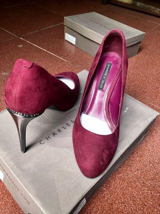 High Heels charles only 500k