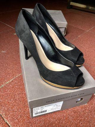High heels charles only 600k
