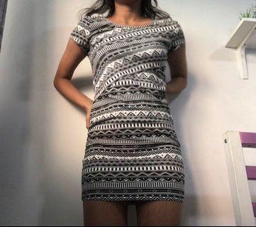 🏁macy's aztec bodycon dress