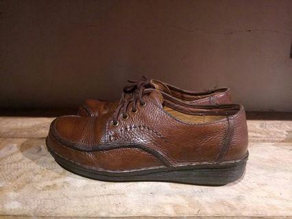 Andre Valentino leather original