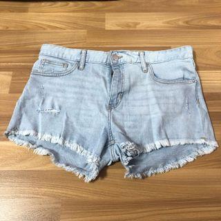 🚚 H&M Denim Shorts