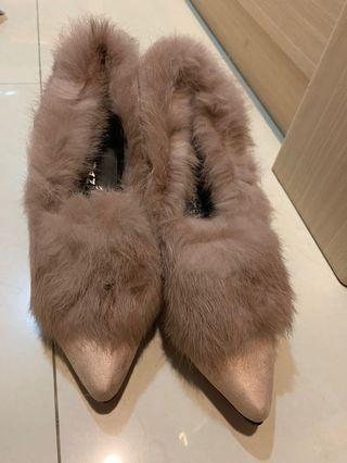 Highheels bulu coat