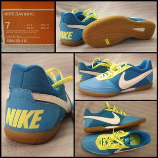 Futsal Shoes - Clearance Sales