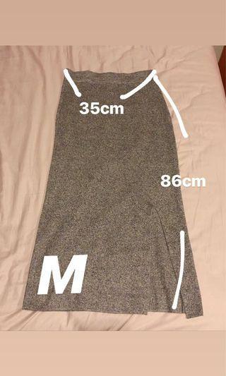 鐵灰色長裙