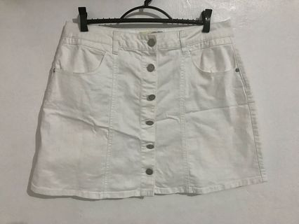 c417be43b247f jeans size 32   Books   Carousell Philippines