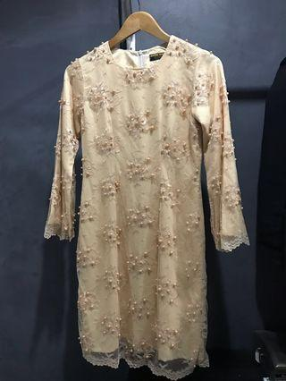 Kurung Moden Lace with pearl beads cream color