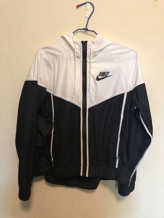 🚚 Nike 防風外套