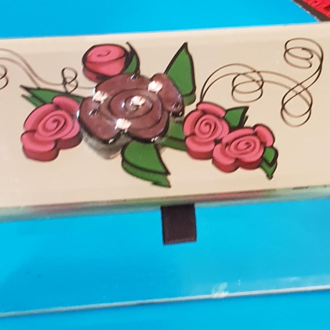 BEAUTIFUL mirrored trinket box with 3d rose picture on top