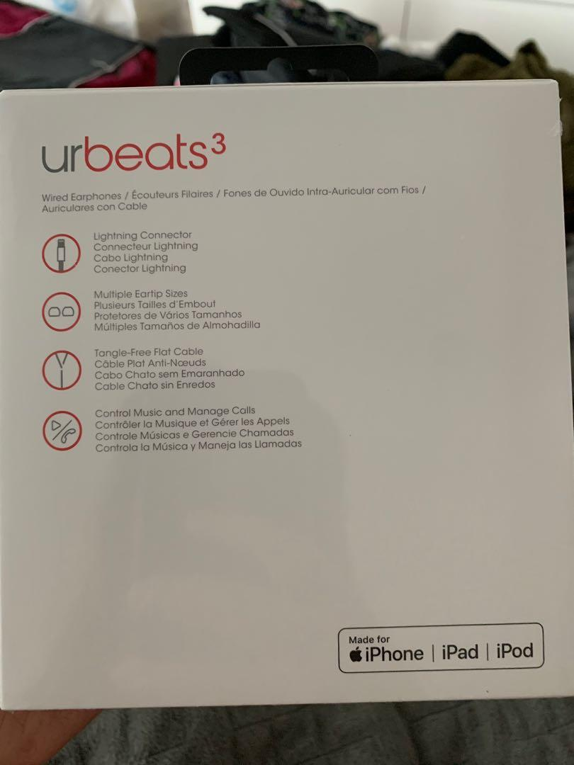 BRAND NEW urbeats 3 sound isolating headphones for iPhone (blue, w/ lightning connector)