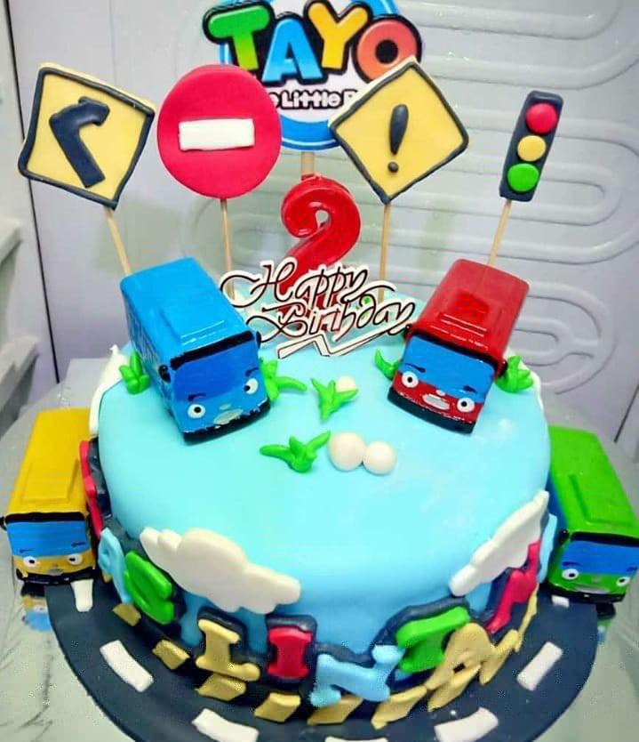 Kue Ulang Tahun Tayo Makanan Minuman Kue Kue Di Carousell