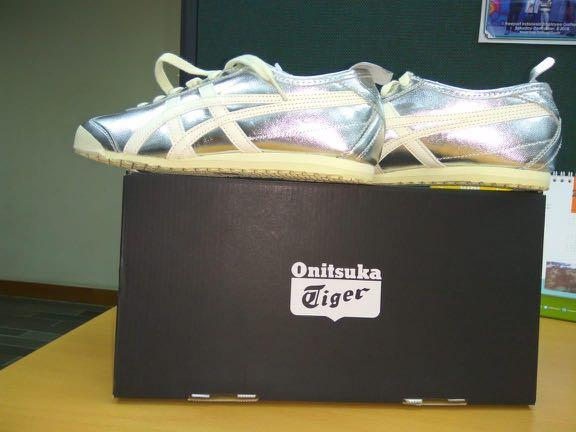 ONITSUKA TIGER MEXICO 66 SILVER WHITE THL7C29399 ORIGINAL