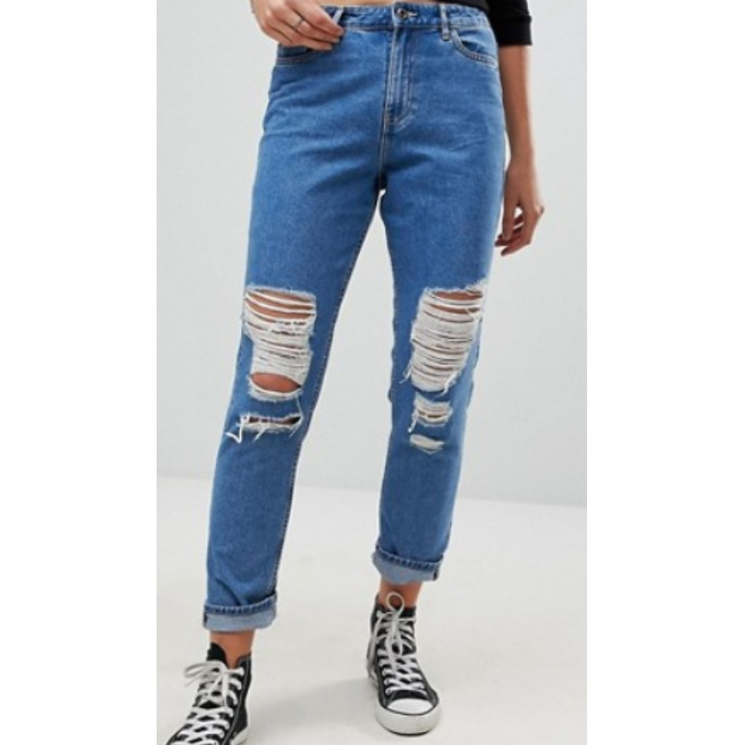 9f6736374e3 ONLY Destroyed Mom Jeans, Women's Fashion, Clothes, Pants, Jeans & Shorts  on Carousell