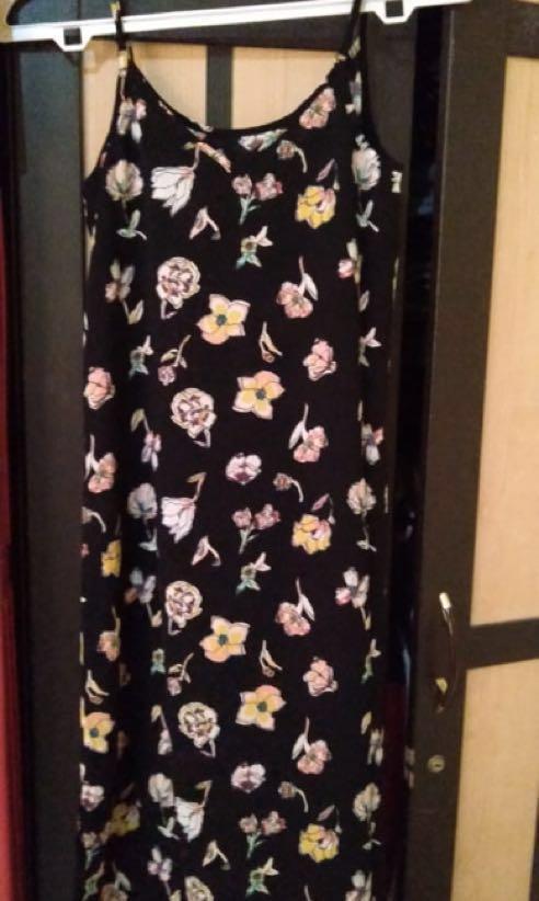 Pull and Bear Midi Dress Flower