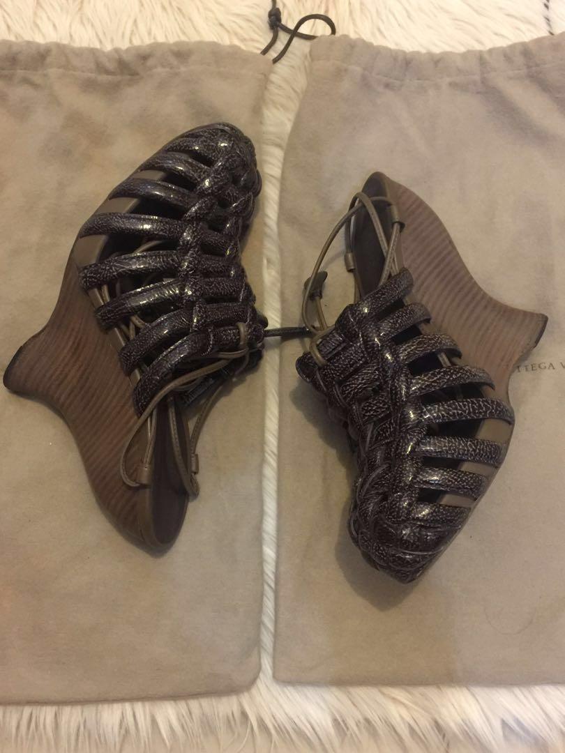 Sepatu Bottega veneta original size 37