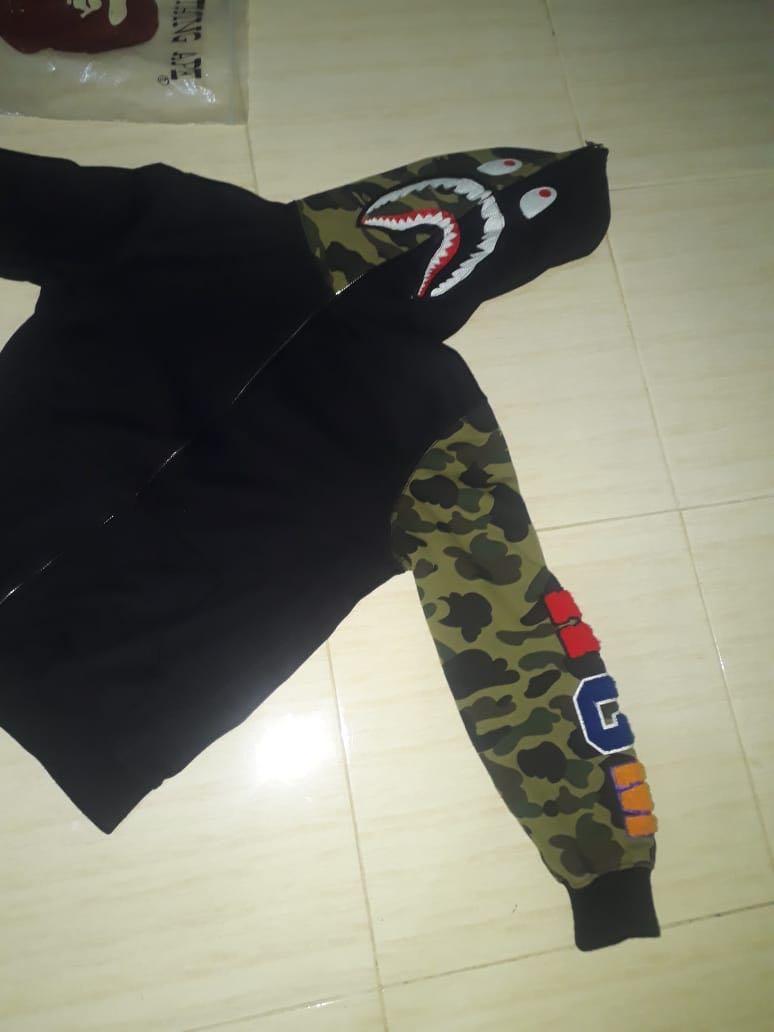 Shark fullzip hoodie BAPE
