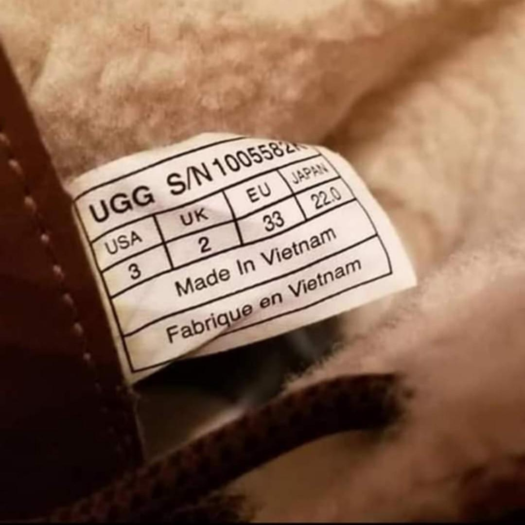 UGG's kids winter boots. Wore once in great condition. Size 3.