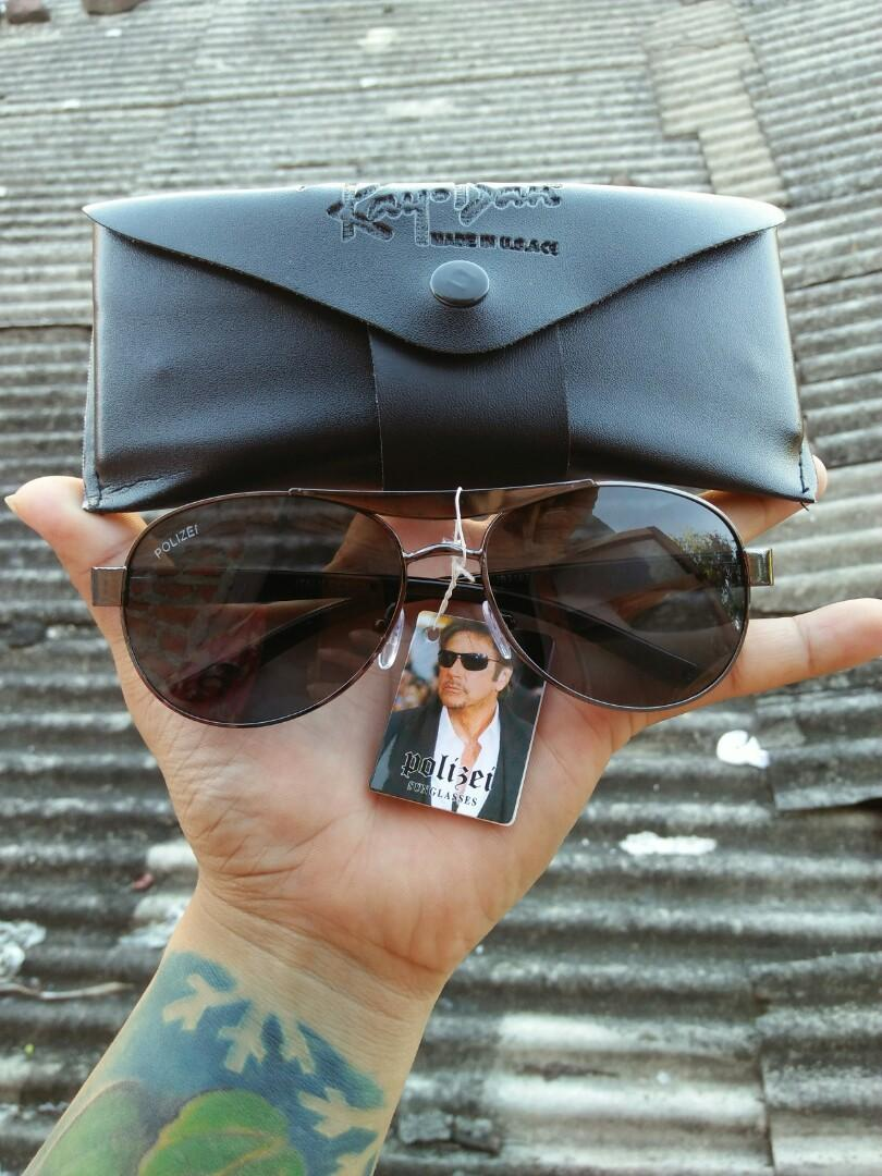 Vintage Sunglasses Aviator Brand: POLIZEI Frame besi metal dilapisi optyl Stainless steel/anti karat Kondisi: new old stock/kondisi baru hanya stock lama(masih menempel tag bandrol barunya)
