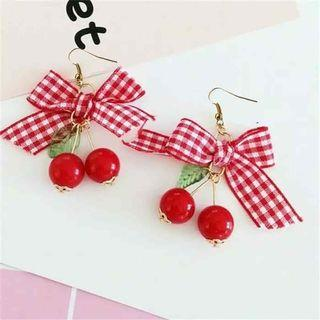 Anting cherry