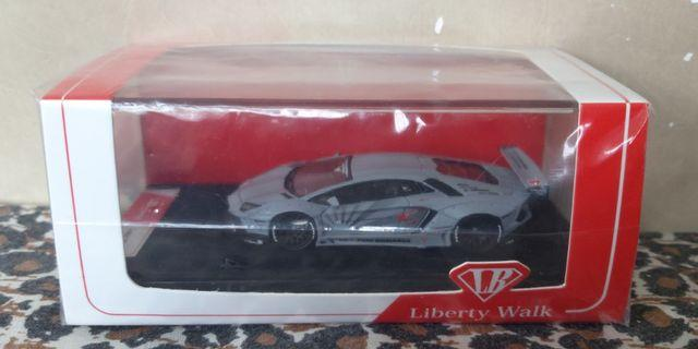 1:64 Liberty Walk LB LP700-4 空軍灰