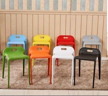 🚚 Stackable stools