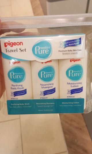 Brand New Pigeon Newborn Pure Travel Set