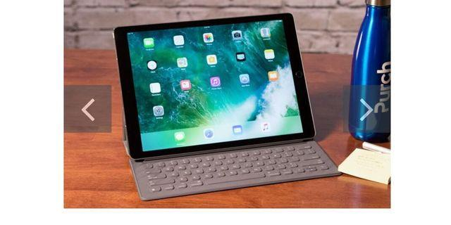 IPad Pro 12.9 256gb grey color 2nd gen with apple care, Smart Keyboard and apple pen