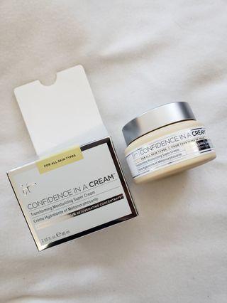 IT cosmetics Confidence in a jar cream