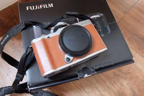 Fujifilm X-M1 Body Only