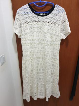 🚚 G200 White Lace Dress