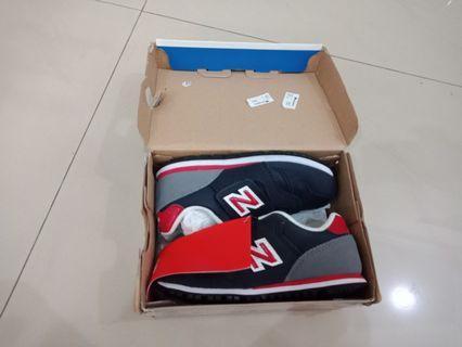 Sepatu New Ballance Baru