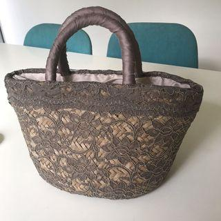 Basket hand bag with lace
