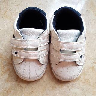 Sepatu Bayi Laki2- Baby Pre Walker Shoes Mothercare Preloved