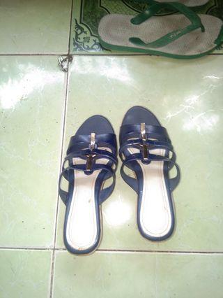 Sepatu mulus