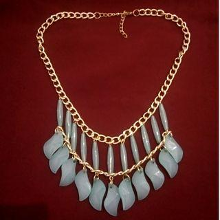 Kalung statement new