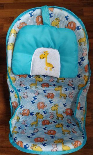 Preloved Portable Baby Bath Seat
