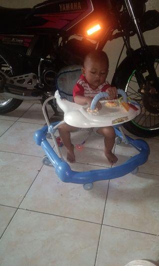 Maulol baby walker