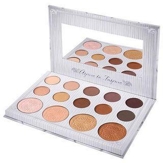 🚚 Carli Bybel eyeshadow and highlighting palette