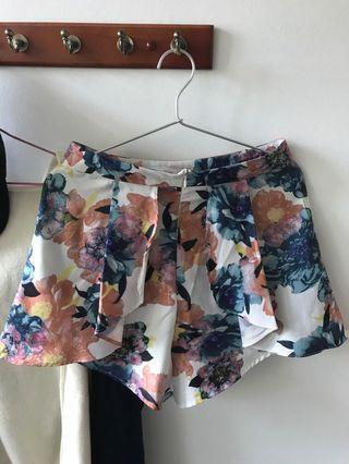 🚚 MDS Floral Shorts
