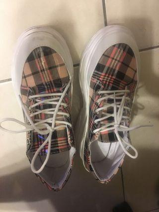 日系格紋厚底休閒鞋