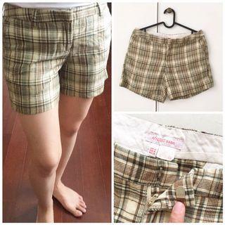 Celana Pendek / shorts / celana kotak kotak