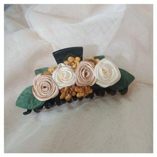 Jepitan bunga handmade