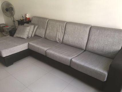 🚚 2nd Hand L-Shape 4 Seaters Fabric Sofa (Price reduced!)