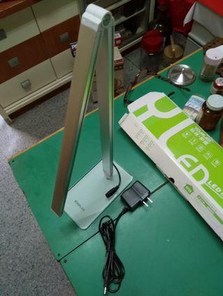 LED 檯燈desk lamp