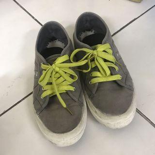 Rubi Sneakers size 39