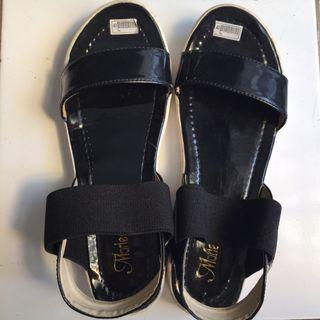 Wedges Black Strap