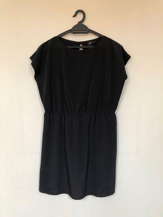 ASOS black short dress/blouse