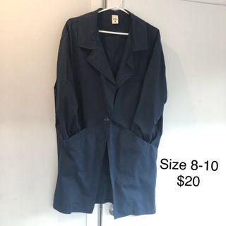 Thin autumn coat