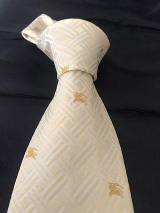 🚚 Authentic Burberry tie with logo